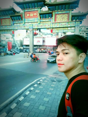 Sikat nanaman ang China Town para sa masasarap na tikoy 😁😁😁 Looking At Camera Chinatown ManilaPH First Eyeem Photo