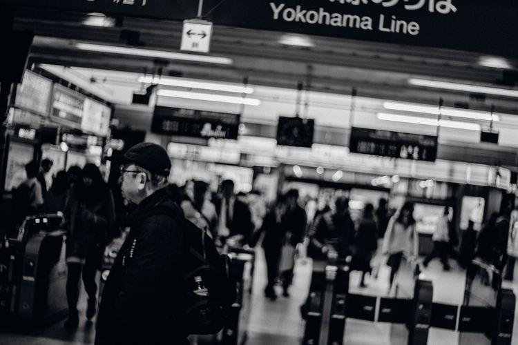 Machida Tilt Yokohama Line Men Monochrome Public Transportation Real People Train - Vehicle