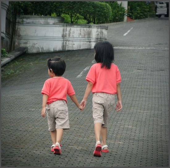 hold my hand, stay in my heart, and don't let me go ❤ Canon EyeEm Best Shots Children Photography