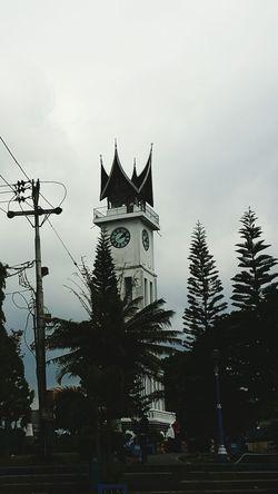 Not only in England, in Indonesia we called Jam Gadang, the big bang of Indonesia at Bukit Tinggi, West Sumatera Jamgadang SumateraBarat Bukittinggi Sejarahindonesia