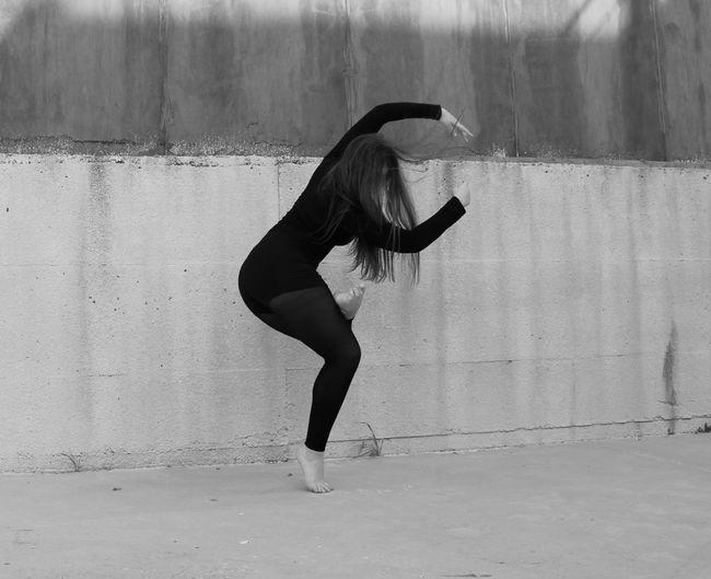 Ballance Contemporary EyeEmNewHere Flexibility Young Women Full Length Ballet Dancer Skill  Motion Dancer Ballet Exercising