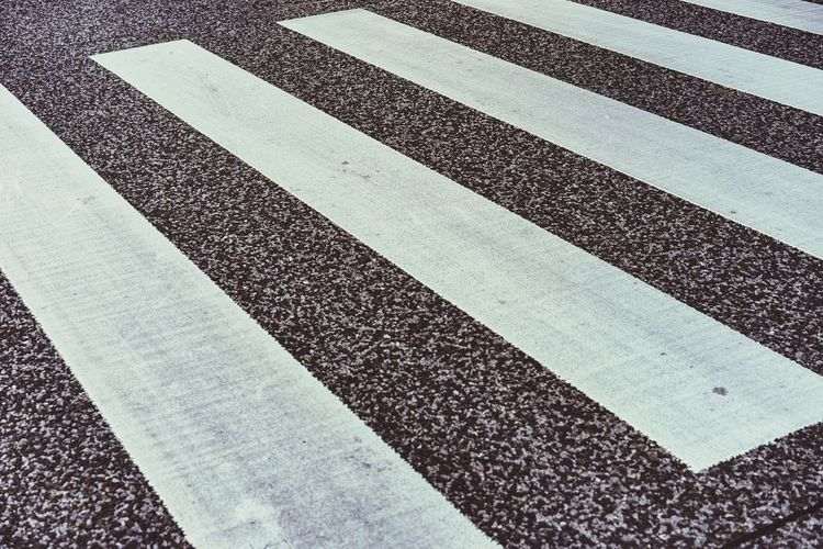 White Striped Full Frame Asphalt Backgrounds Transportation Road No People Textured  Day Outdoors LINE Close-up