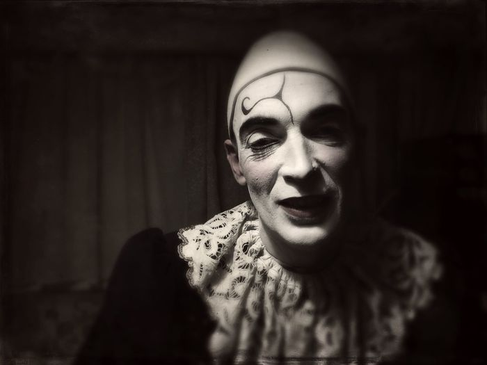 Learn & Shoot: After Dark Clown Circus Raluy Black And White Portrait Man Night Makeup Make Up Clown Face