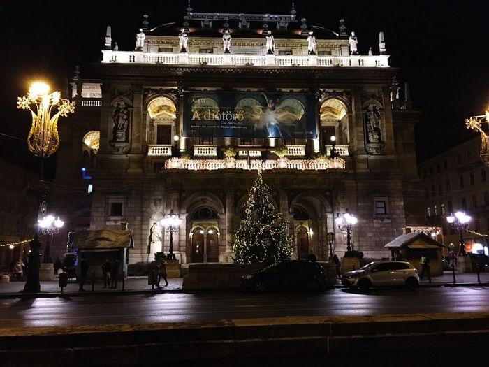 Budapest Operahouse Hello World Enjoying Life Discoverbudapest IPhoneography