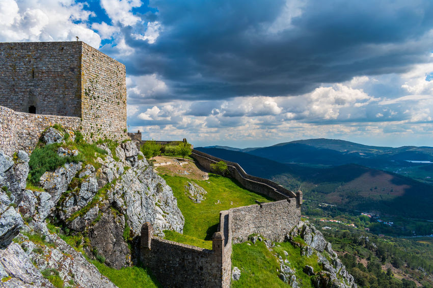 Castelo de Marvão Castle Mountain View Castle Ruin Castle View  Castle Walls Cloud - Sky Clouds Clouds And Sky Mountain Mountain Range Mountains