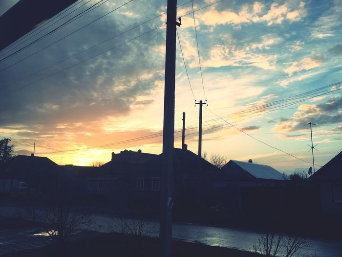 Дом-дом 😌 Home Sunset Sky Cloud - Sky Silhouette Nature No People Beauty In Nature Telephone Line
