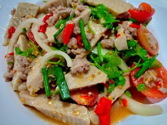 เมนูยำ Diet Thaiculture Thaimenu Thaicooking Spicy Food Cooked Gourmet Plate Homemade Healthy Lifestyle Appetizer Vegetable Tomato Garnish Close-up