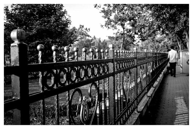 perspective Blackandwhite Black & White Streetphotography Travel Photography at Goztepe Ozgurluk Parki , Kadıköy in Turkey