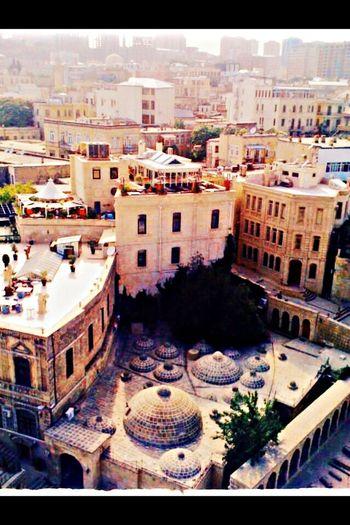 Bakü Hamamı, tek mumla ısınıyor, Azerbeycan, turkish bath, kuşbakışı, Travel Photography Azerbeycan  Turkish Bath Taking Photos