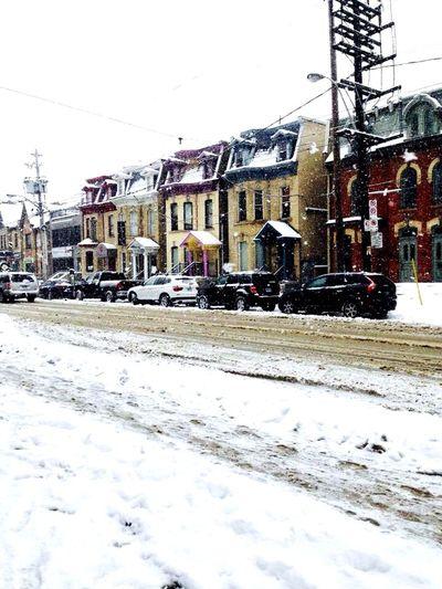 #citycolours #newhorizons Snow Winter Cold Temperature Building Exterior Architecture Built Structure Colour Your Horizn