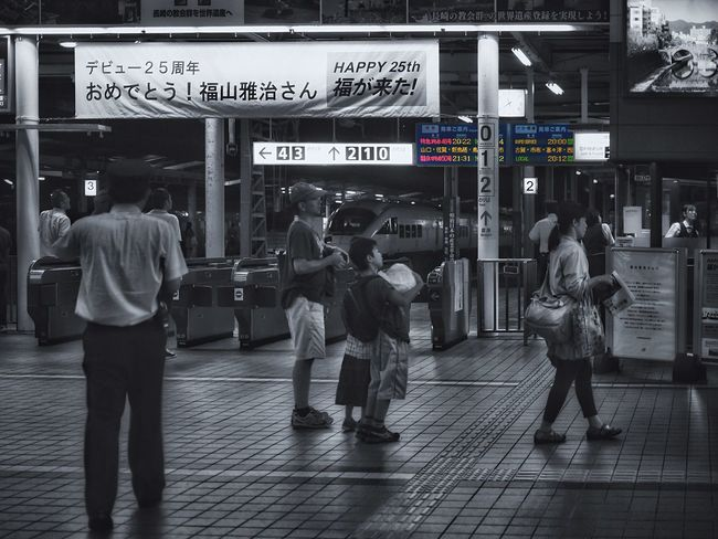 Ticket Gate Nagasaki Station : Nightscape Partcolor People Watching One Shot Wonder Night Photography / lumix GX1 50mm 1.4 Handheld Shades Of Grey