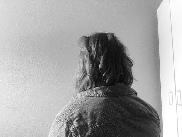 Rear View One Person Real People Women Lifestyles Leisure Activity Standing Day Indoors  Architecture Blond Hair Adult People EyeEm Best Shots First Eyeem Photo EyeEmBestPics Fashion Young Woman Portrait Hair Short Hair Young Adult Minimalism Girl Light Sunlight Shadow