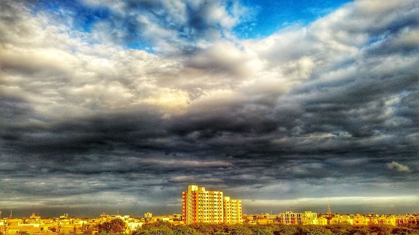 Cloud - Sky Sky Beauty In Nature Scenics Dramatic Sky Cloudscape Majestic Nature Outdoors Landscapes Nature Photography Nature_collection Hdr Photography Hdr_Collection HDR Enjoying Life Taking Photos My Click 😎 Hello World Natural Beauty in Bharuch, India