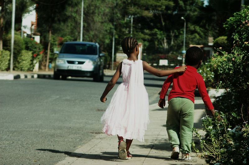 come walk with me. my favourite models keisha and amani aka offspring. Taking Photos