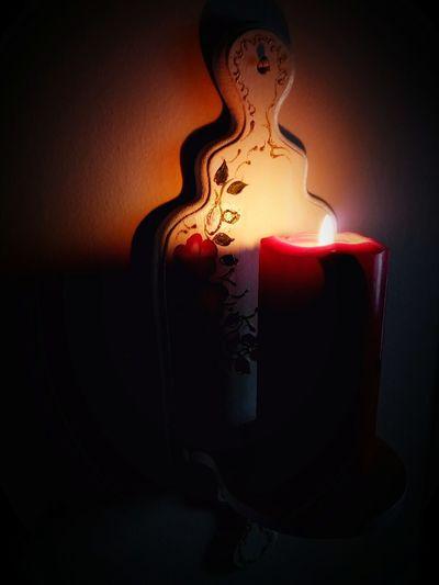 Love ♥ Romantizm Sakinlik Black Background Studio Shot Red Heat - Temperature Candle Mystery Close-up Darkroom