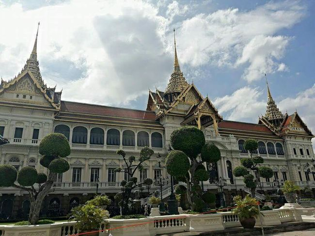 Architecture Sky Politics And Government Government Building Exterior Cloud - Sky No People Outdoors Day City History The KING Of Thailand Travel Destinations The King Bhumibol Adulyadej King