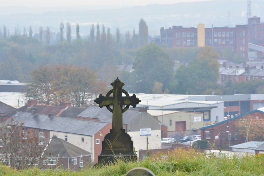 Autumn Walk Chilly Mornings Cross Eye4photography  Grave Yard View Green Nikon D5200 No People Sky