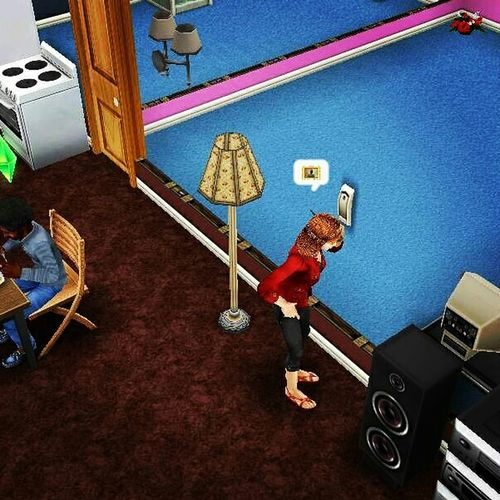 Video Art Playing Gamess Simsfreeplaysims The Sims Free Play Hello World People Watching First Eyeem Photo Sims Enjoying LifeCheck This Out