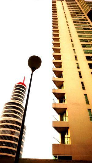 Alto hasta donde te alcancen los ojos. Arquitectura Buildings Architecture