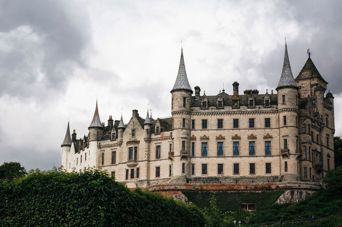 Castle Dunrobin Castle Scotland Architecture Building Exterior Built Structure Cloud - Sky Day History Low Angle View Nature No People Outdoors Scottish Highlands Sky Travel Destinations Tree
