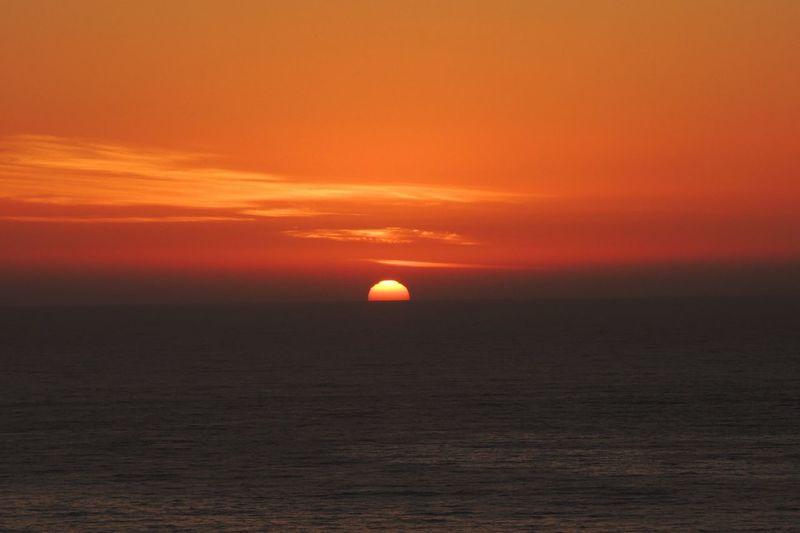 Sunset Today Sundown...♥ Sunset Beatiful Sunset Enjoying The Sunset Sea And Sunset Sunset_collection Sunset Photography Sunset Lovers Sunset_captures Summer Sunset Reñaca Beach , Chile