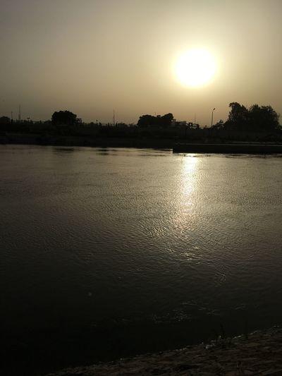 Egypt Everyday Life Everydaycairo Everydayegypt Everydayeverywhere Nature Outdoors Reflection River Sun Sunny Sunonthewater Sunset Water First Eyeem Photo