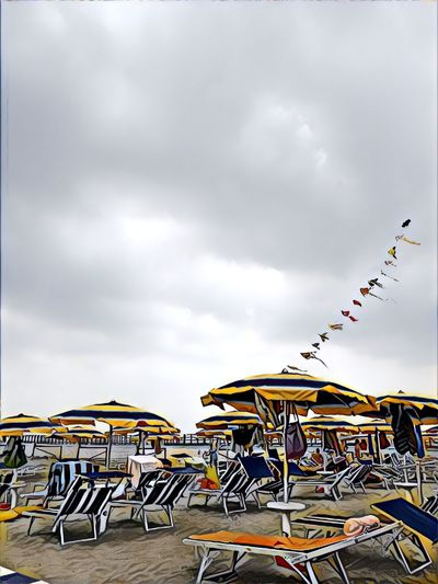 Sky Cloud - Sky Outdoors EyeEmNewHere Aquiloni Sea Sea And Sky Seascape Ombrelloni Mare Prisma App
