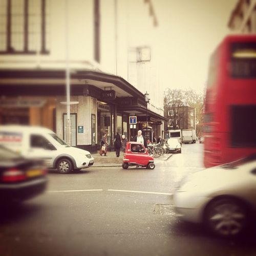 #iphoneography #photography #iphonography #London #beatthecongestion IPhoneography London Photography Iphonography Beatthecongestion