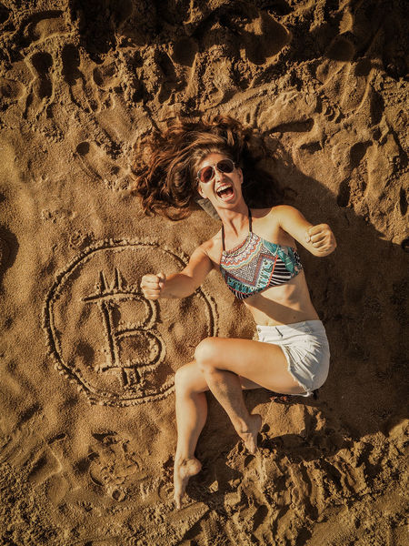 Currency Happy Virtual Reality Yes Beach Beachphotography Bitcoin Cheer Cheerful Coin Cryptocurrency Cryptography Digital Nomad Diminishing Perspective Finance Girls Jubeln Sexygirl Sky Sunshine Symbol Woman Portrait Workation