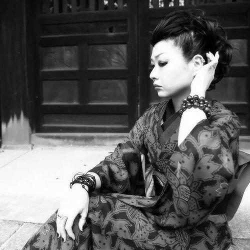 ❥ Kimono Kimonogirl Japan JapaneseStyle JapanLife Kyoto Japanesetraditional Antiquekimono Portrait