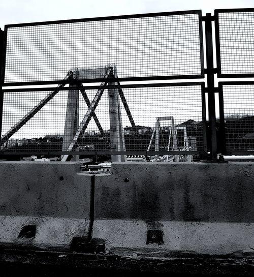 Rip ......che il vostro viaggio sia sereno da adesso.....ciao amici mie!😔😔😔😔 Rip ...... your trip is peaceful from now ..... hello my friends! 😔😔😔😔 Rip My Friend ❤ Italia Solo Da Noi Blakck And White Black & White Blackandwhite Photography Blackandwhitephotography Blak And White Death Innocence Innocent Troppo Come Genova Morandi Bridge Tragedia Tragedy Tragedy Of Life Perché Mai Piu