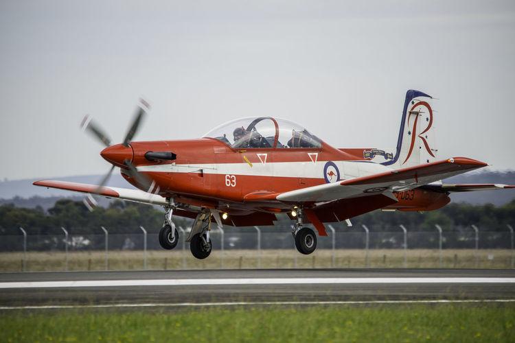 Landing RAAF RAAF's Aerobatic Team Roulettes Trainer Military Airplane Propeller Propeller Airplane Turboprop