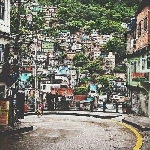 Need For Speed Rocinha favela Rio de Janeiro Brasil 2012