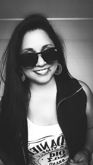 Girl Smile Blackandwhite Photography Hiar Glasses Piercing Fashion Hot Happy ★★★★