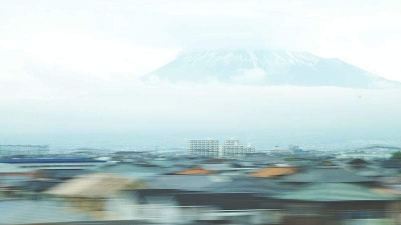 Moving houses.. Open Edit Taking Photos Fujiyama Japan Capturing Movement Volcanoes The Adventure Handbook Urban Lifestyle Summer Views Glitch My Best Photo 2015 Photography In Motion Need For Speed Ultimate Japan On The Way Traveling Home For The Holidays The Street Photographer - 2018 EyeEm Awards