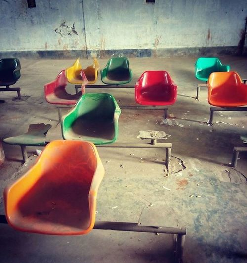 On assignment ! Khulna bus terminal. 15.03.2016 Js Jashimsalam Photography Photojournalism Onassignment Tigersden Tigers Shundarban Khulna Bus Terminal Journey Travel Climate Climatechange Risingsealevel Empty Seat Sea Insta Instagood Instagram Everydayeverywhere ASIA Bangladesh everydaybangladesh