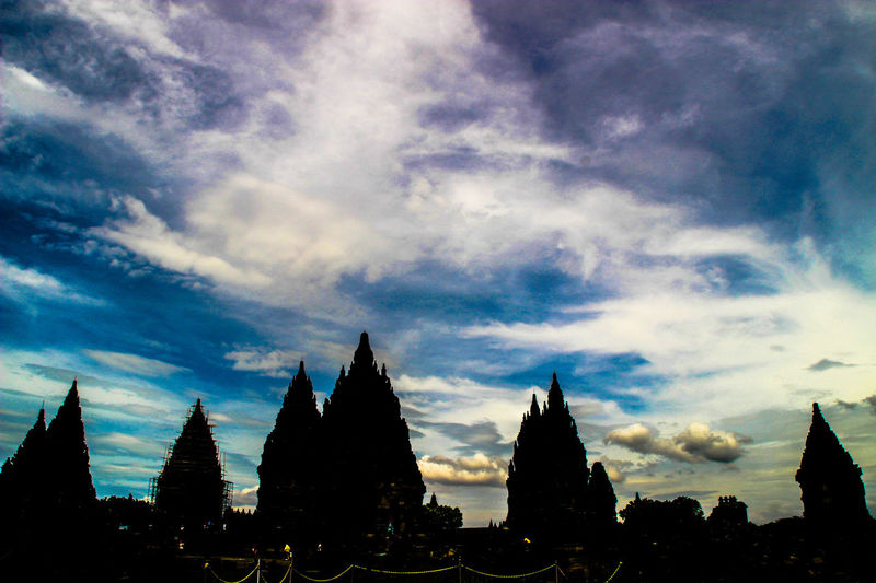 Prambanan Temple Destination Cloud - Sky Sky Silhouette Outdoors Nature Architecture Traveling Indonesian Temple The Great Outdoors - 2016 EyeEm Awards Street Photography Thr Week On Eyeem Malephotographerofthemonth Malephotographerofthemonth Nature_collection Tourism Jogjakarta The Great Outdoors – 2016 EyeEm Awards The Week Of Eyeem