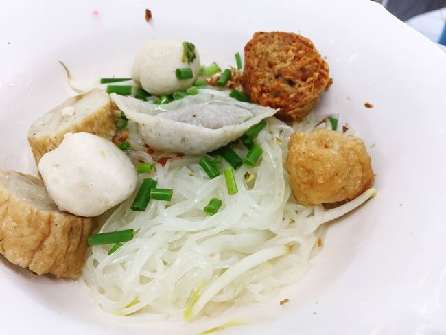 White noodle Thing Noodle White Lunch Single Dish Ready-to-eat Food And Drink Indoors  Shop Noodle Plate Meat Fish Ball Size Dish Classic Taste