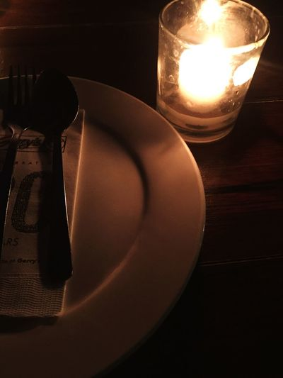 Estingout Dinner Waiting Plate Candle Table Nightphotography Nighttime