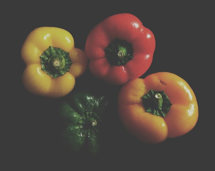 Colorful Capsicum Pepper Multicolored Bellpeppers Sony Xperia Xz Fruit Food And Drink Black Background Variation Healthy Lifestyle Day