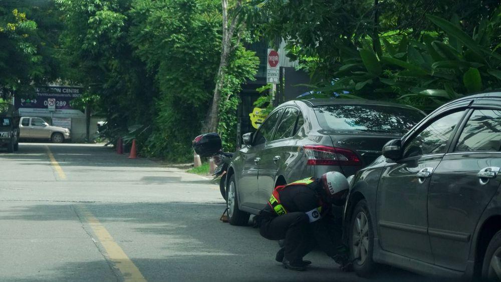 Wheel lock Car Police Policecar Police Cars Police Car Traffic Rules Traffic Rule