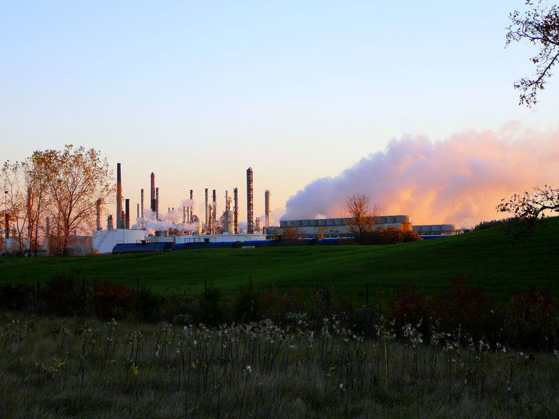 Breathe That Fresh Air In ~ Business Finance And Industry Chemical Sky Dawn Factories Factory Fuel And Power Generation Industry No People Outdoors Petrochemical Plant Pollution In My World Refinery Smoke Stack Social Issues Sunrise Sunset