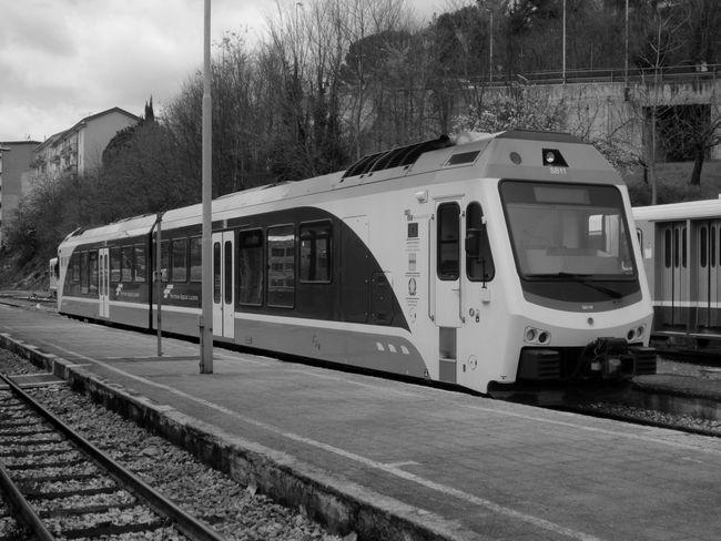 #basilicata #Black&White #blackandwhite #fotobiancoenero #fotobianconero #Italia #italy #OldPicture #potenza #potenzainferiore #stazione #treni #vialedelbasento