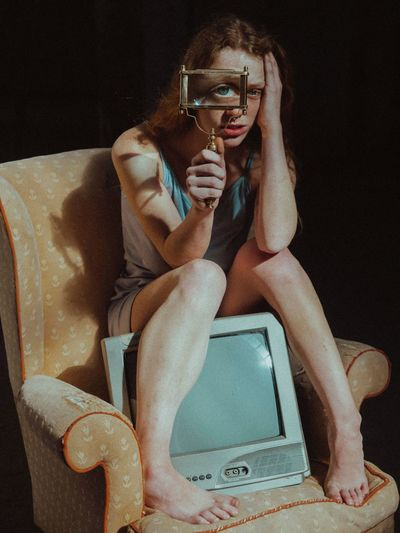 Eye spy Body Part THESE are my friends THESE are my friends One Person Sitting Indoors  Adult Fashion Young Women My Best Photo My Best Photo Humanity Meets Technology