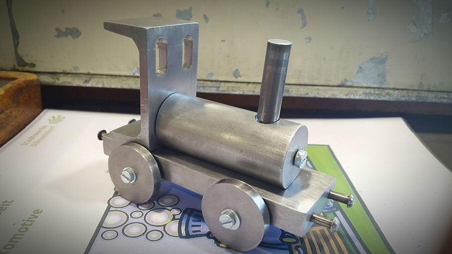 Praktikum Dampflokomotive Dampflok Lokomotive Metall Handmade Selbst Gebaut Selbstgemacht Taking Photos