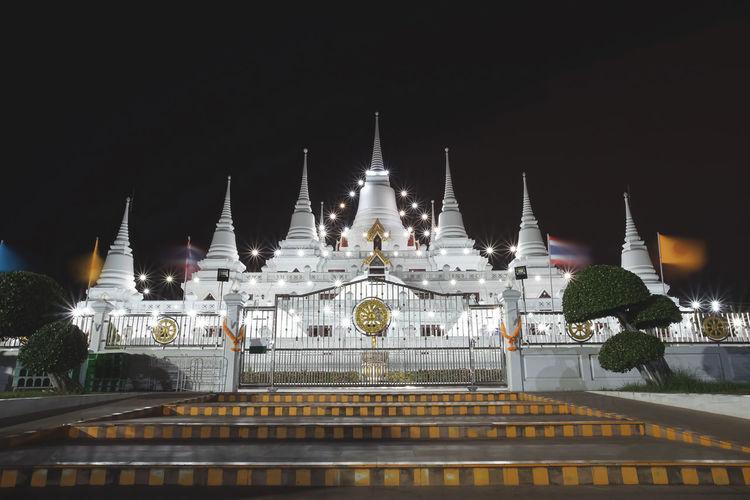 Phra Thutangkha Chedi in Asokaram Temple,Samut Prakan Province,Thailand. ASIA Asian  Asokaram Temple Pagoda Stupa Thai Thailand Architecture Place Of Worship Religion Tranquil Scene Travel Destinations Wat Asokaram White Pagoda