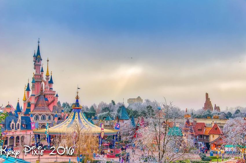 Waltdisney Disneyland Paris Magic Moments Disneylandparis Disneyland Resort Paris HDR Magic Parcdisneylandparis Discoveryland Disneylandresort Paris Photography Disneyland Disneydreams Reine Des Neiges Elsa Arendelle