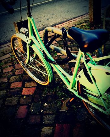 Celebrate Your Ride Ride Ride In Style Bycicle Bycicles Bycle Mintgreen Mint Green CityWalk Bremen Riding Fahrrad Fahrradtour Fahrräder Student Up Close Street Photography