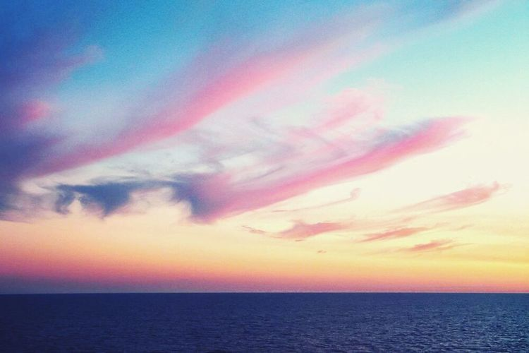 небо облака небо красиво розовыеоблака красивоефото Done That. Been There.