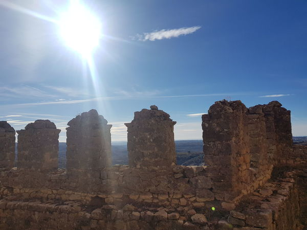 Castillo de Alquezar Castillo Nuves☁ Cielo Paisaje Sun Outdoors Sky No People Day Architecture City EyeEmNewHere